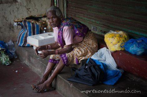 anciana-Margao-Goa-impresiones-del-mundo