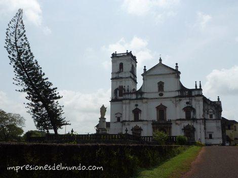 iglesia-viejo-Goa-impresiones-del-mundo