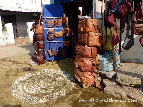 rangoli-tienda-Hampi-impresiones-del-mundo