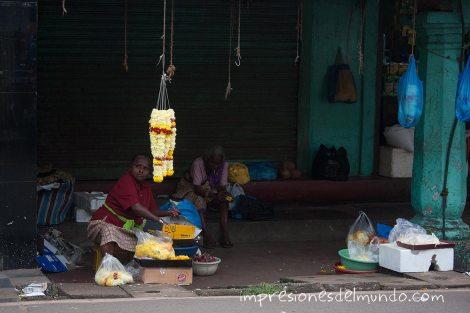 vendedoras-de-flores-Margao-Goa-impresiones-del-mundo