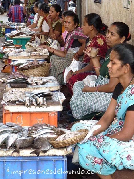 vendedoras-de-pescado-canacona-Goa-impresiones-del-mundo