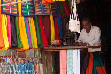 costurero-Gokarna-impresiones-del-mundo