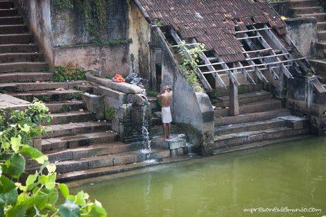 tanque-templo-2-Varkala-impresiones-del-mundo