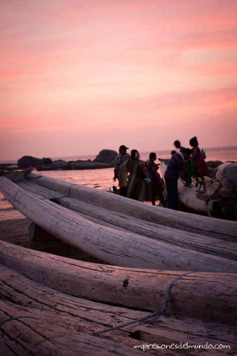 barcas-Kanyakumari-impresiones-del-mundo