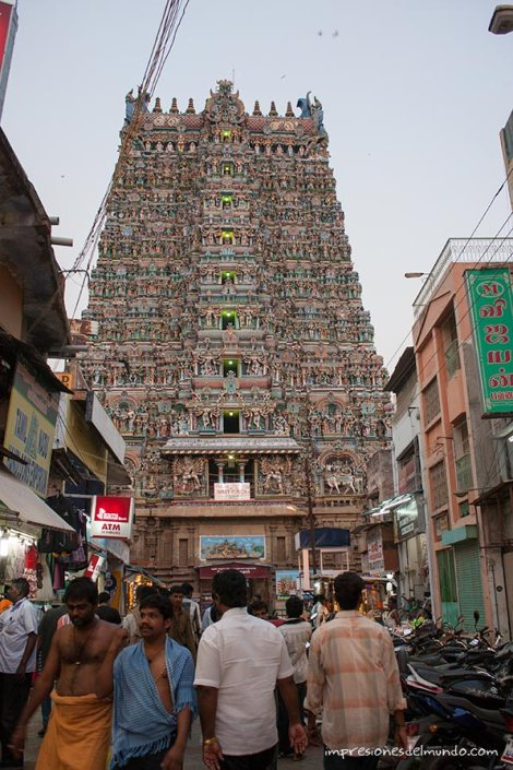calle-templo-Madurai-impresiones-del-mundo