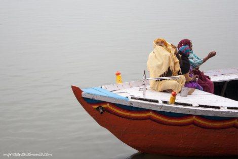 barco-Ganges-Varanasi-impresiones-del-mundo