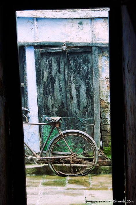 bicicleta-Varanasi-impresiones-del-mundo