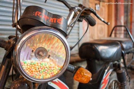 moto-Varanasi-impresiones-del-mundo