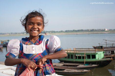 nena-Ganges-Varanasi-impresiones-del-mundo