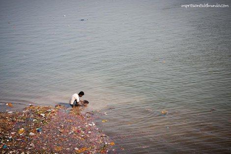 oro-Ganges-Varanasi-impresiones-del-mundo