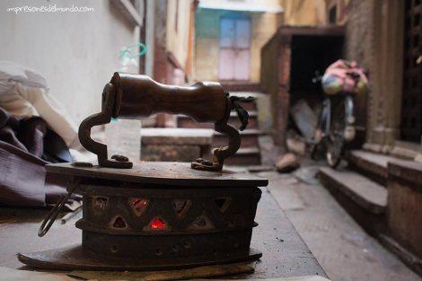 plancha-bikerickshaw-Varanasi-impresiones-del-mundo