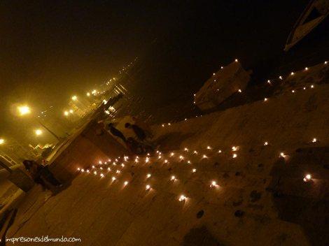 velas-Ganges-Varanasi-impresiones-del-mundo