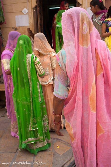 mujeres-boda-Jaisalmer-impresiones-del-mundo