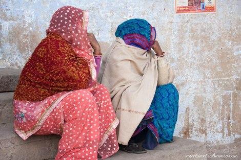 mujeres-tapadas-India-impresiones-del-mundo