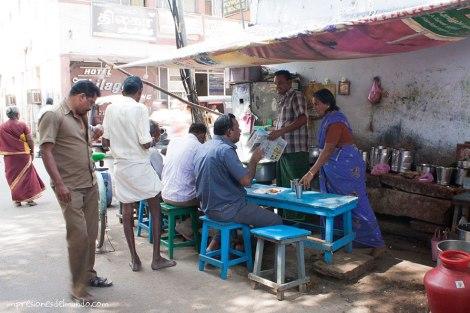 puesto-comida-India-impresiones-del-mundo
