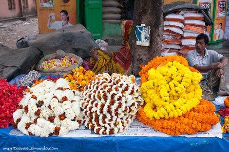 puesto-flores-India-impresiones-del-mundo