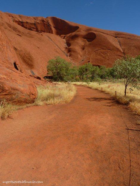 montaña-ayers-rock-australia-impresiones-del-mundo