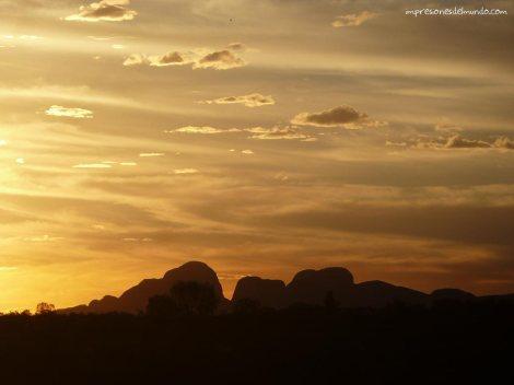 silueta-caya-cuya-ayers-rock-australia-impresiones-del-mundo