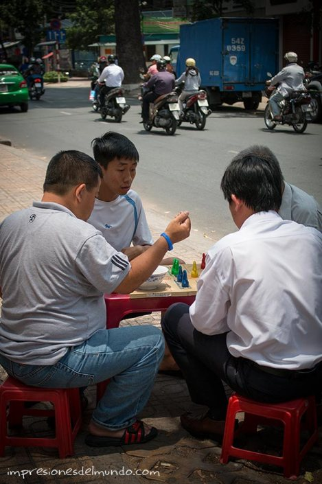 ajedrez-chino-cestos-Saigon-Impresiones-del-mundo