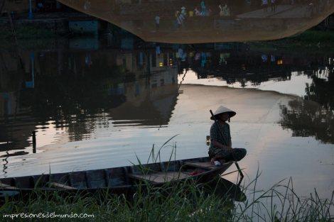 barquera-palmeras-Hoi-An-impresiones-del-mundo