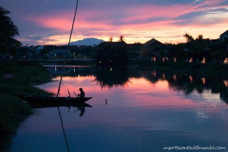 barquera-silueta-Hoi-An-impresiones-del-mundo