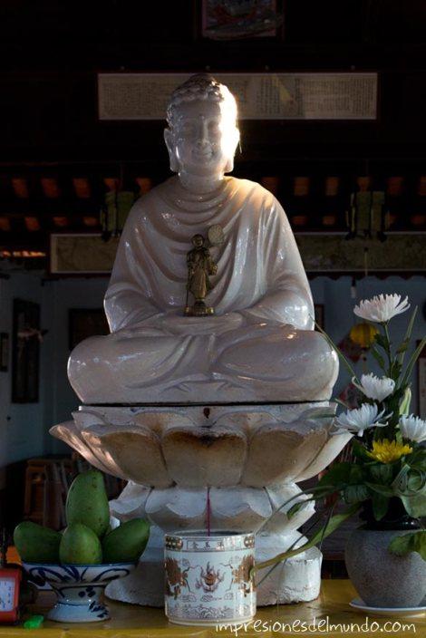 pagoda-buda-Hoi-An-impresiones-del-mundo