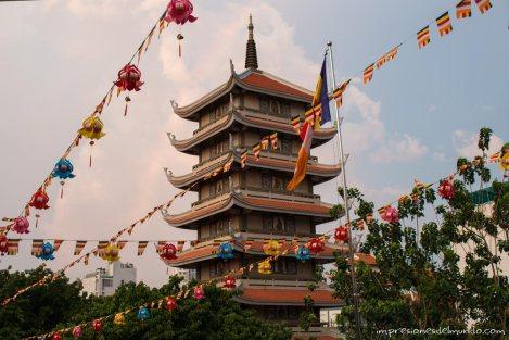 pagoda-budismo-Saigon-Impresiones-del-mundo