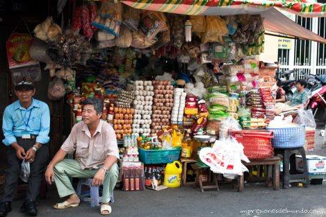 puesto-de-mercado-Saigon-Impresiones-del-mundo
