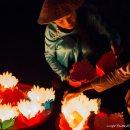 vendedoras-velas-Hoi-An-impresiones-del-mundo