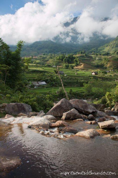 rio-arrozales-y-nubes-Sapa-impresiones-del-mundo