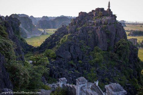 vista-desde-el-templo-3-Tam-Coc-impresiones-del-mundo