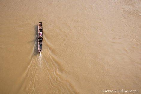 barco-Nong-Khiaw-Laos-impresiones-del-mundo