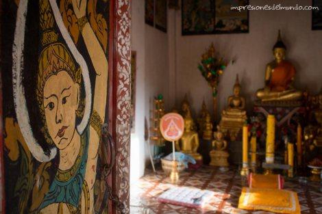 interior-pagoda-Nong-Khiaw-Laos-impresiones-del-mundo