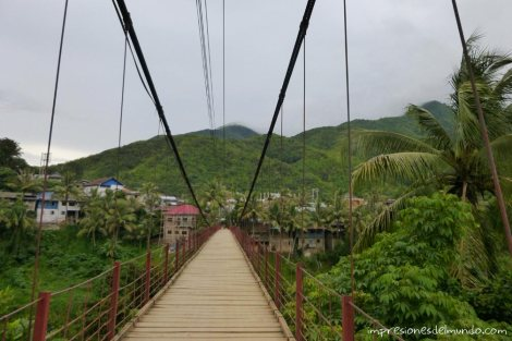 Puente-Muang-Khua-Laos-impresiones-del-mundo