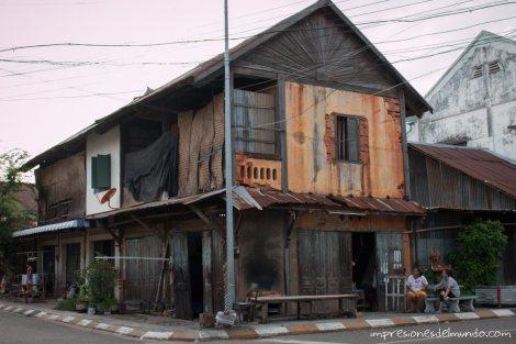 casa-colonial-Savannakhet-impresiones-del-mundo