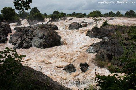 cascada-Don-Det-4000-islas-impresiones-del-mundo