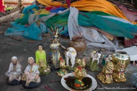 figuras-arbol-de-ofrendas-Savannakhet-impresiones-del-mundo