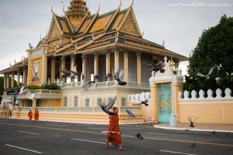 Gran Palacio-Phnom-Penh-impresiones-del-mundo