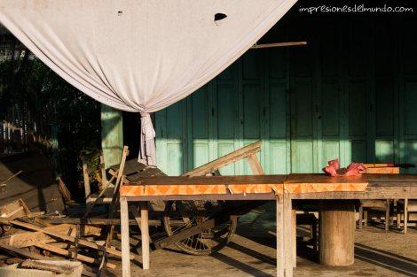 mesa-y-cortina-Don-Khong-4000-islas-impresiones-del-mundo