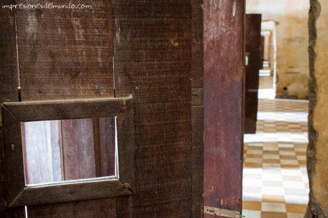 museo-S-21-Phnom-Penh-impresiones-del-mundo