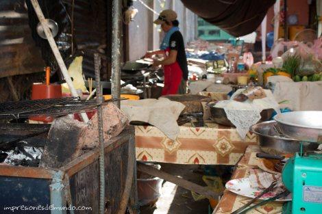 puesto-de-comida-Vientiane-impresiones-del-mundo