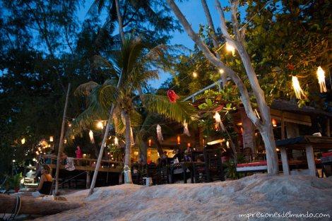 chiringuito-en-Koh-Tao-Tailandia-impresiones-del-mundo