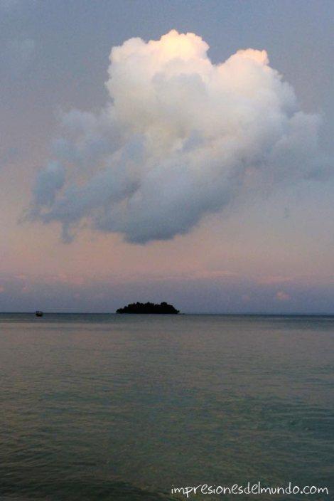 Koh-Rong-nube-impresiones-del-mundo