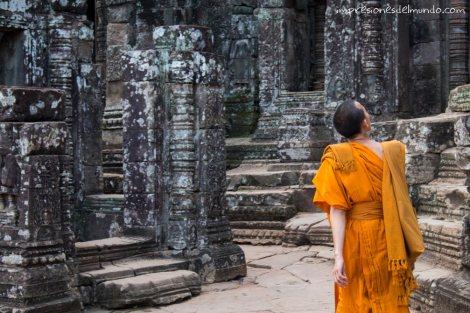 monje en Angkor Wat impresiones del mundo