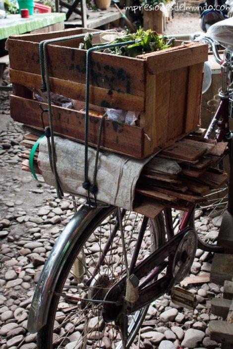 bicicleta-Bago-Myanmar-impresiones-del-mundo