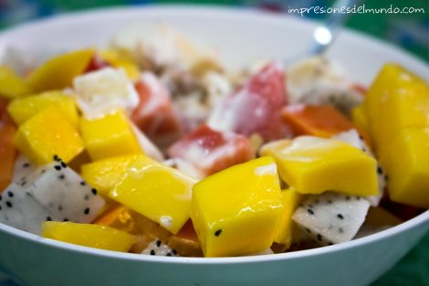 ensalada-de-frutas-Chiang-Mai-Tailandia-impresiones-del-mundo