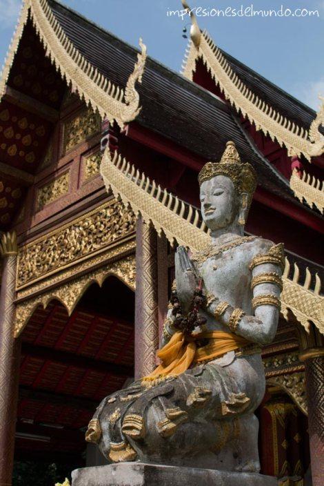 templo-y-Buda-Chiang-Mai-Tailandia-impresiones-del-mundo