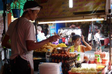 puesto-de-pad-thai-Bangkok-impresiones-del-mundo