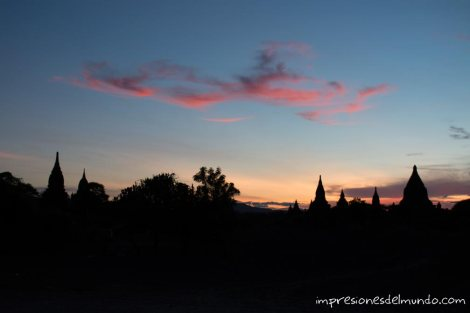atardecer-Bagan-Myanmar-impresiones-del-mundo
