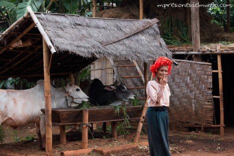 mujer-fumando-Myanmar